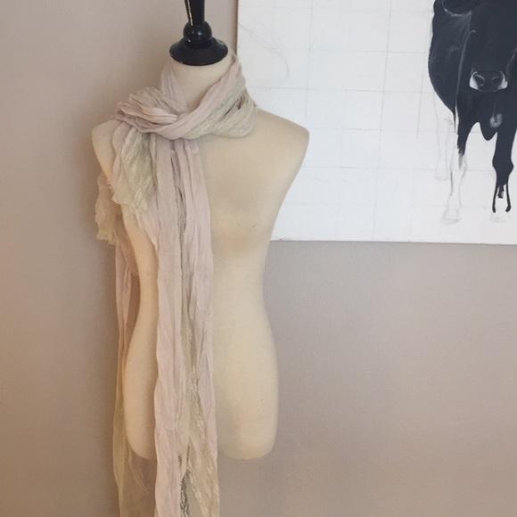 BCBGMaxAzria Accessories - BCBG Maxazria cream and lace scarf